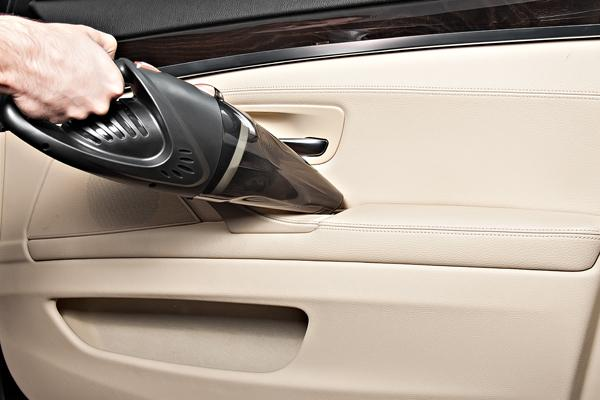 Best Handheld Vacuum For Car Upholstery