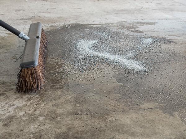garage floor clean