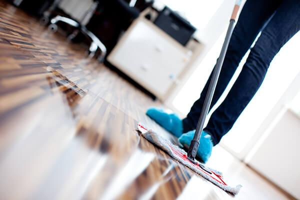 Hardwood Floor Polish work